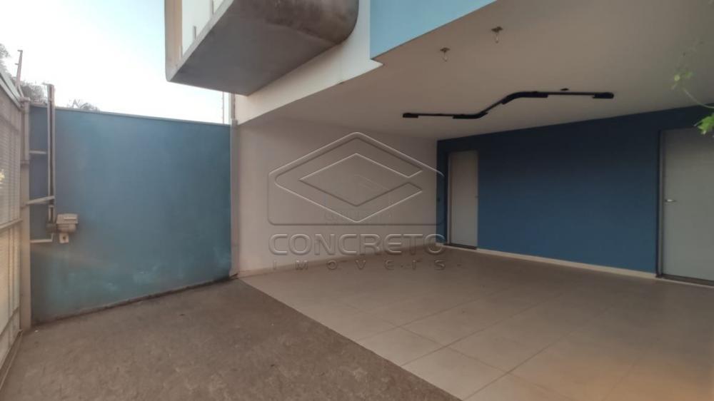 Comprar Casa / Padrão em Botucatu R$ 600.000,00 - Foto 3