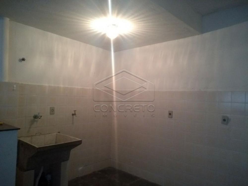 Alugar Casa / Padrão em Botucatu apenas R$ 900,00 - Foto 6