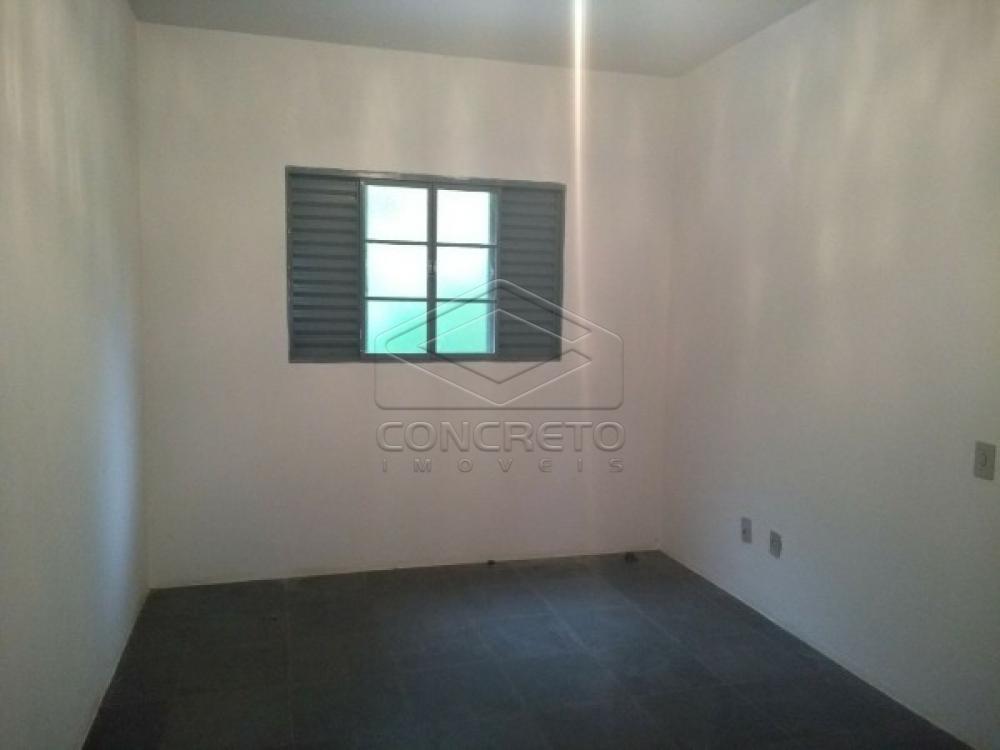 Alugar Casa / Padrão em Botucatu apenas R$ 900,00 - Foto 8