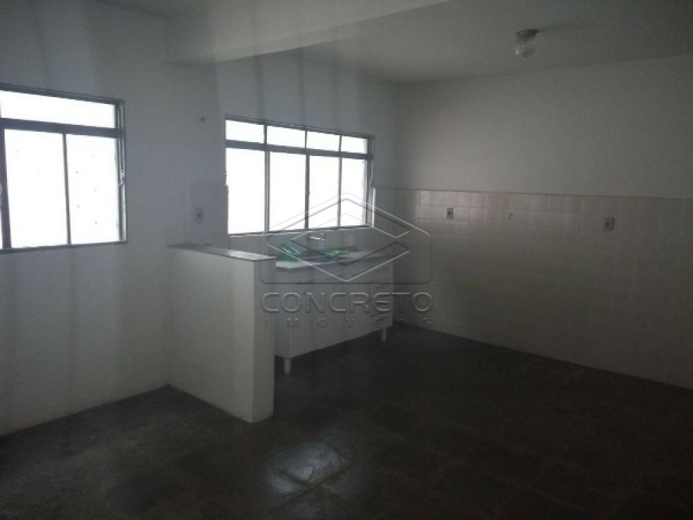 Alugar Casa / Padrão em Botucatu apenas R$ 900,00 - Foto 9