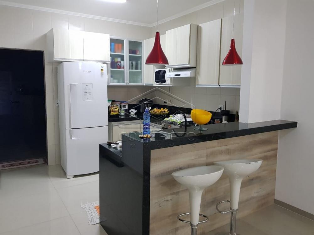 Comprar Casa / Padrão em Agudos R$ 690.000,00 - Foto 3