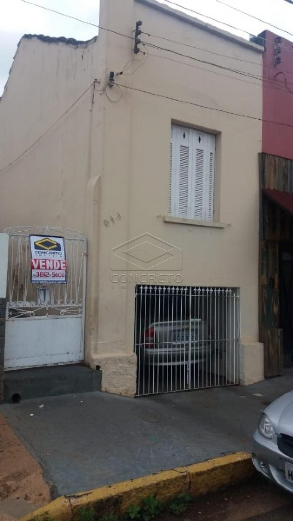 Comprar Casa / Padrão em Sao Manuel R$ 180.000,00 - Foto 2