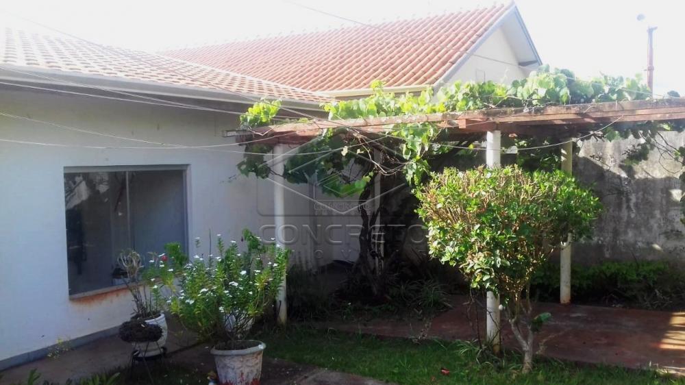 Comprar Casa / Padrão em Botucatu R$ 280.000,00 - Foto 3