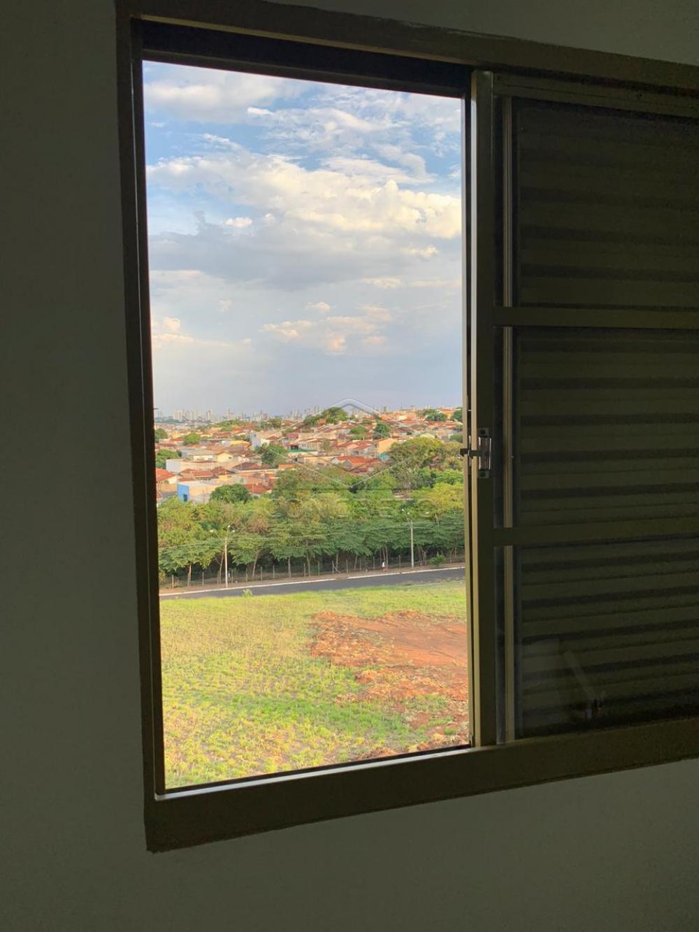 Comprar Apartamento / Padrão em Bauru apenas R$ 175.000,00 - Foto 2