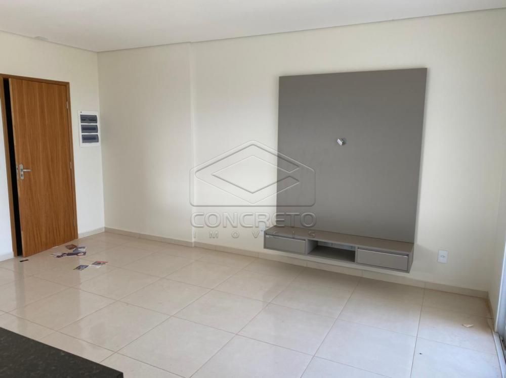 Alugar Apartamento / Padrão em Botucatu apenas R$ 2.500,00 - Foto 1