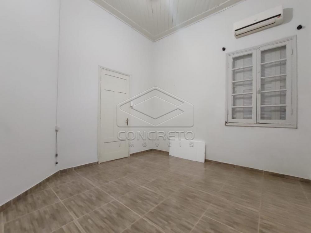 Alugar Casa / Padrão em Jaú R$ 1.500,00 - Foto 3