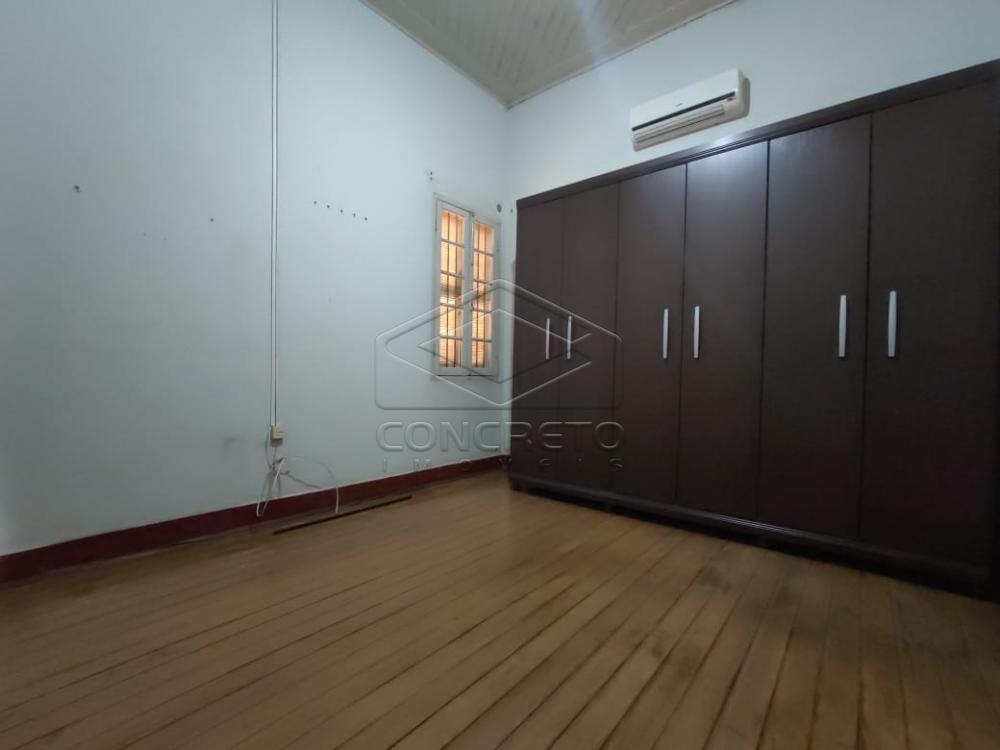 Alugar Casa / Padrão em Jaú R$ 1.500,00 - Foto 4