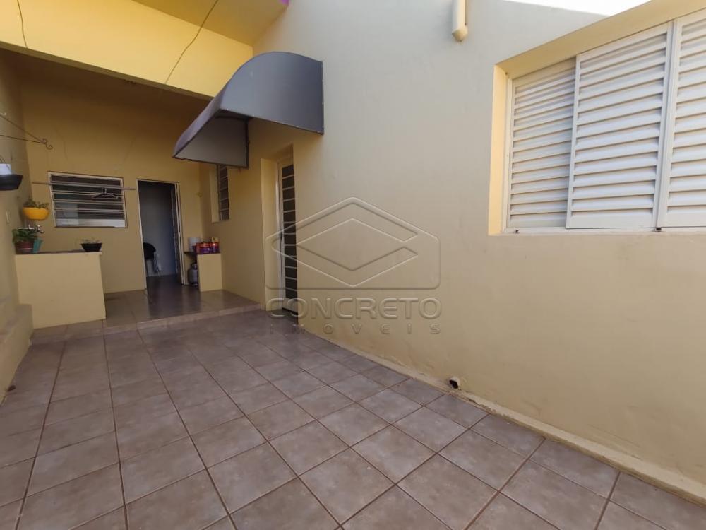 Alugar Casa / Padrão em Jaú R$ 1.500,00 - Foto 1