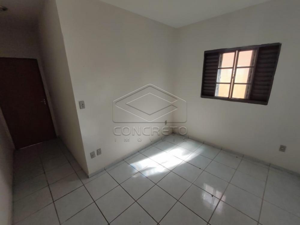 Alugar Casa / Padrão em Jaú R$ 800,00 - Foto 4