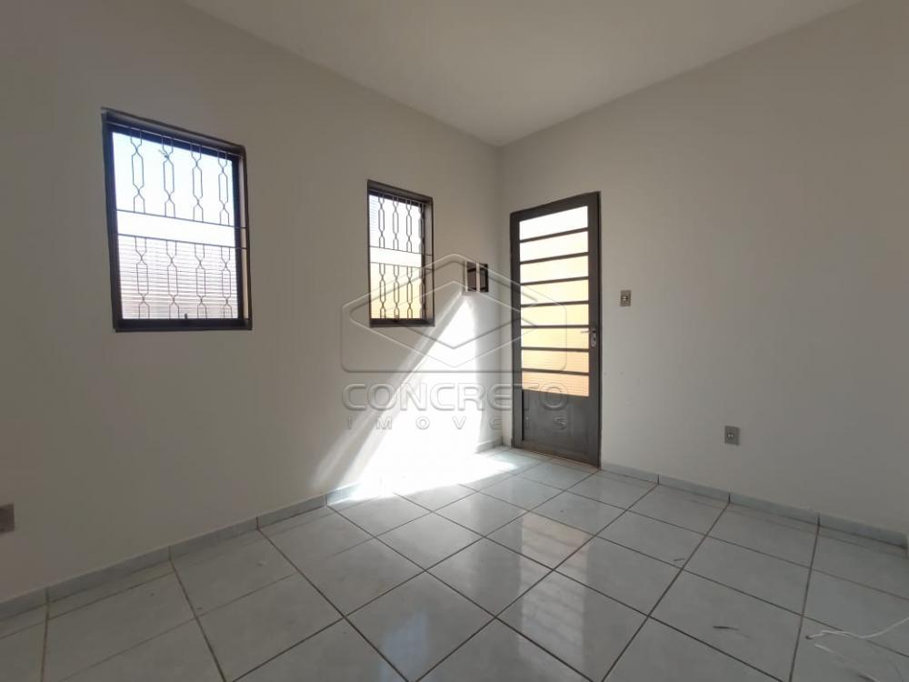 Alugar Casa / Padrão em Jaú R$ 800,00 - Foto 3
