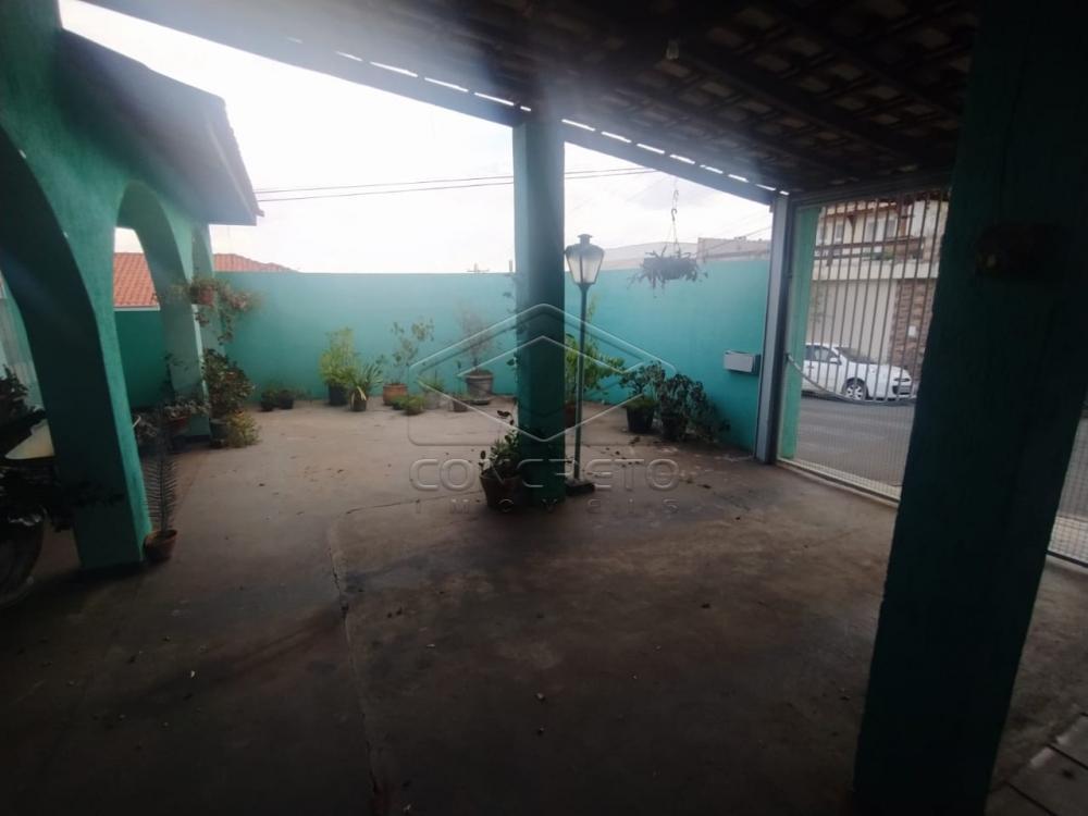 Comprar Casa / Padrão em Botucatu R$ 425.000,00 - Foto 1