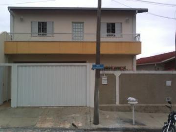 Alugar Casa / Padrão em Botucatu. apenas R$ 365.000,00