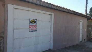 Alugar Casa / Padrão em Sao Manuel. apenas R$ 270.000,00