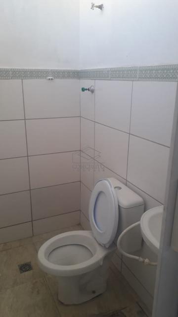 Alugar Casa / Comercial em Botucatu. apenas R$ 450,00