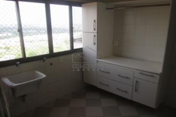 Alugar Apartamento / Padrão em Bauru. apenas R$ 1.300,00