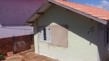 Alugar Casa / Padrão em Botucatu. apenas R$ 160.000,00