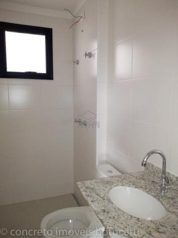 Alugar Apartamento / Padrão em Botucatu. apenas R$ 350.000,00