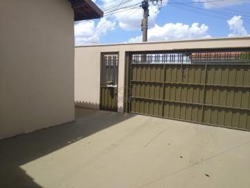 Alugar Casa / Padrão em Jau. apenas R$ 300.000,00