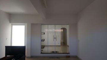 Alugar Casa / Padrão em Jau. apenas R$ 215.000,00