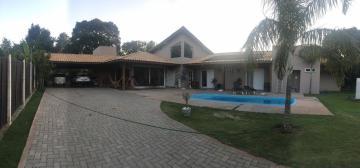 Alugar Casa / Padrão em Guarapua. apenas R$ 850.000,00