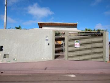 Alugar Casa / Padrão em Areiopolis. apenas R$ 340.000,00