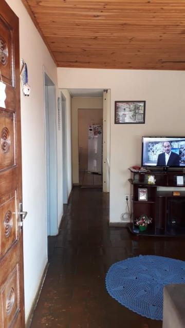 Alugar Casa / Padrão em Bauru. apenas R$ 220.000,00