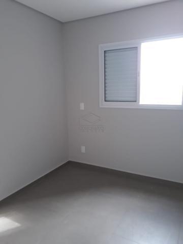 Alugar Apartamento / Padrão em Lençóis Paulista. apenas R$ 420.000,00
