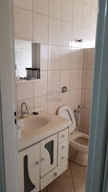 Alugar Casa / Padrão em Macatuba. apenas R$ 180.000,00