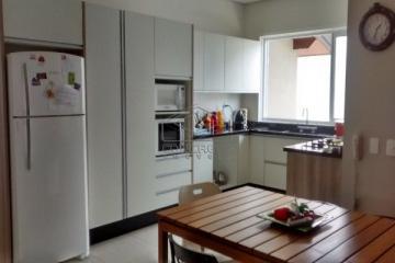 Bauru Paineiras Casa Venda R$5.000.000,00 Condominio R$1.000,00 4 Dormitorios 4 Vagas Area construida 587.10m2