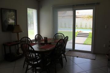 Casa / Padrão em Piratininga , Comprar por R$1.175.000,00