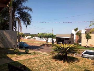 Alugar Casa / Condomínio em Piratininga. apenas R$ 950.000,00
