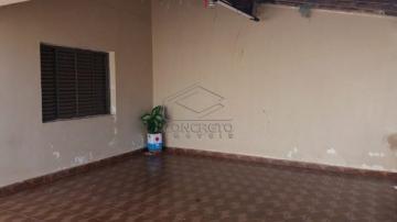 Alugar Casa / Padrão em Jau. apenas R$ 220.000,00