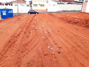 Alugar Terreno / Padrão em Bauru. apenas R$ 88.000,00