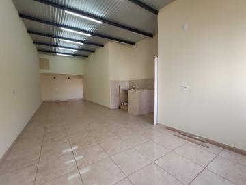 Alugar Comercial / Salão em Jau. apenas R$ 700,00