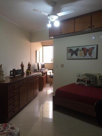 Alugar Apartamento / Padrão em Bauru. apenas R$ 640.000,00
