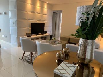 Alugar Apartamento / Padrão em Bauru. apenas R$ 730.000,00