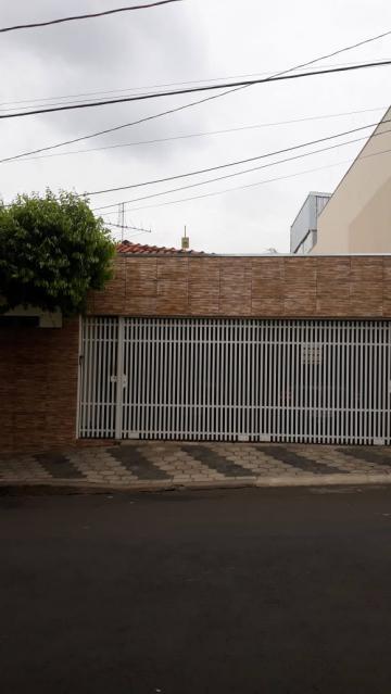 Alugar Casa / Padrão em Bauru. apenas R$ 490.000,00