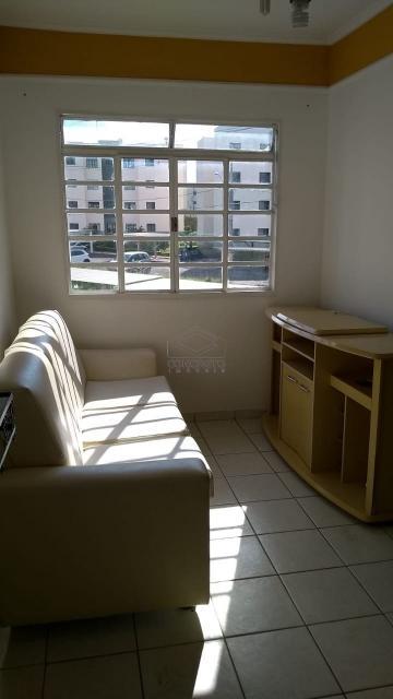 Alugar Apartamento / Padrão em Botucatu. apenas R$ 135.000,00