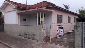 Alugar Casa / Padrão em Agudos. apenas R$ 250.000,00