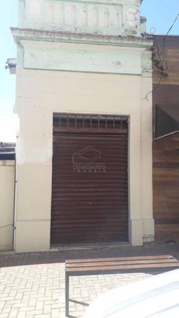 Alugar Comercial / Salão em Botucatu. apenas R$ 3.000,00