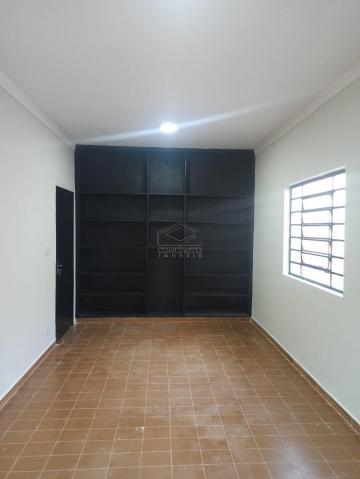 Casa / Padrão em Bauru Alugar por R$3.000,00