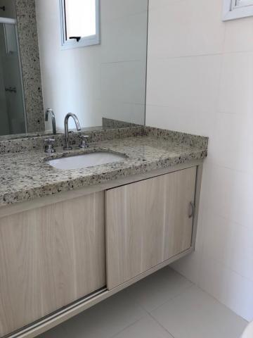Alugar Apartamento / Padrão em Bauru R$ 1.600,00 - Foto 5