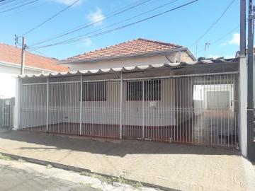 Alugar Casa / Padrão em Botucatu. apenas R$ 1.700,00