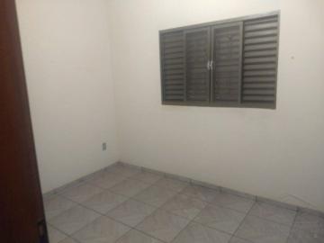 Alugar Casa / Residencia em Lençóis Paulista. apenas R$ 280.000,00
