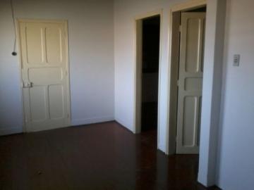 Alugar Casa / Residencia em Botucatu. apenas R$ 260.000,00