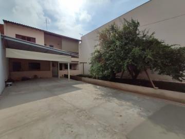 Casa / Residencia em Jaú Alugar por R$1.200,00