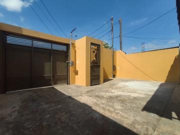 Casa / Residencia em Jaú Alugar por R$800,00