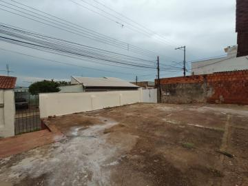 Alugar Casa / Residencia em Jaú. apenas R$ 600,00