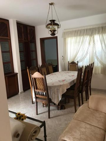 Botucatu Vila dos Medicos Casa Venda R$2.600.000,00 5 Dormitorios 5 Vagas Area do terreno 914.00m2 Area construida 430.00m2