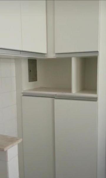 Alugar Apartamento / Padrão em Bauru. apenas R$ 167.000,00